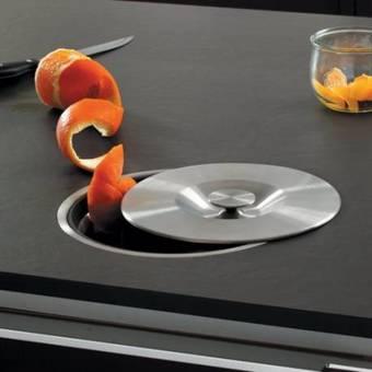 cuisine pour une poubelle qui ne nuit pas sa d co d coration d 39 int rieur am liorez le. Black Bedroom Furniture Sets. Home Design Ideas